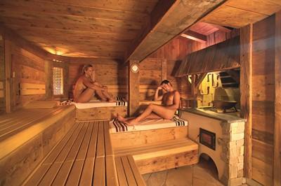 sauna dampfbad im wellnesshotel ermitage sch nried ob gstaad schweiz ermitage wellness. Black Bedroom Furniture Sets. Home Design Ideas